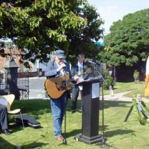 Poet and musician Gerry Hanberry singing 'Grace'